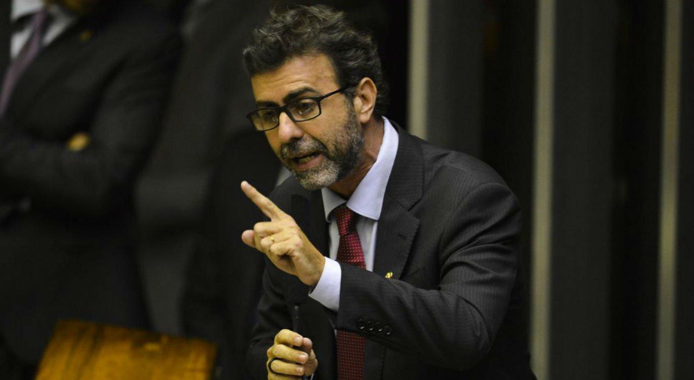 'Bolsonaro estimulou esses grupos a vida inteira', diz Freixo sobre milícias