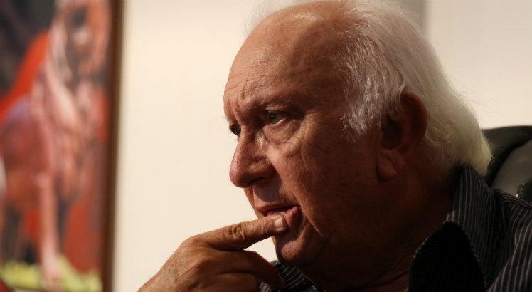 Milton Bivar também acrescentou que, apesar do fim das inscrições do Pernambucano, analisa o mercado para futuras contratações.