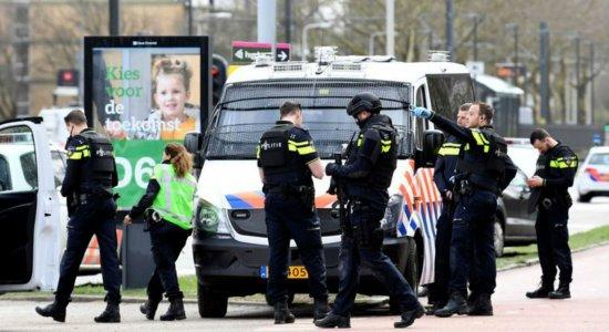Polícia da Holanda confirma 3 mortos e 9 feridos em tiroteio em bonde