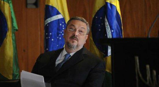 Ex-ministro Antonio Palocci nega ter recebido auxílio emergencial e registra ocorrência policial por fraude