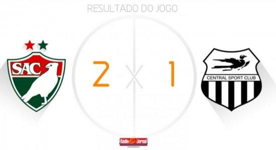 De virada, Salgueiro vence Central e avança para semifinal do Estadual