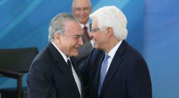 O ex-presidente Michel Temer e ex-ministro Moreira Franco em cerimônia no Palácio do Planalto