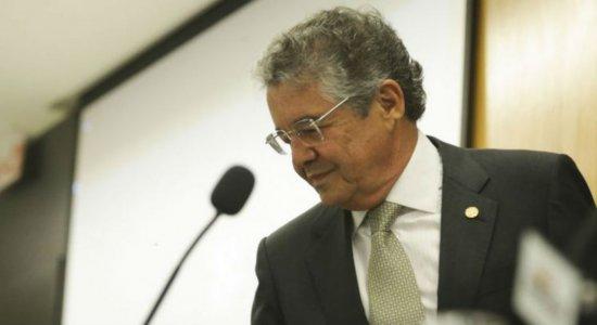 """""""Não vejo com bons olhos o que está acontecendo com o Ministério da Saúde"""", diz ministro Marco Aurélio do STF"""