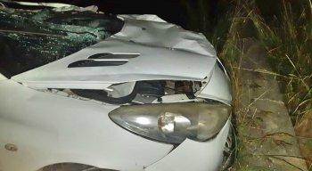 Além dos três mortos, quatro pessoas ficaram feridas.