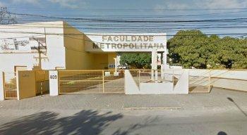 A faculdade fica localizada na Av. Barreto de Menezes, 809, Piedade, Jaboatão dos Guararapes, no Grande Recife.
