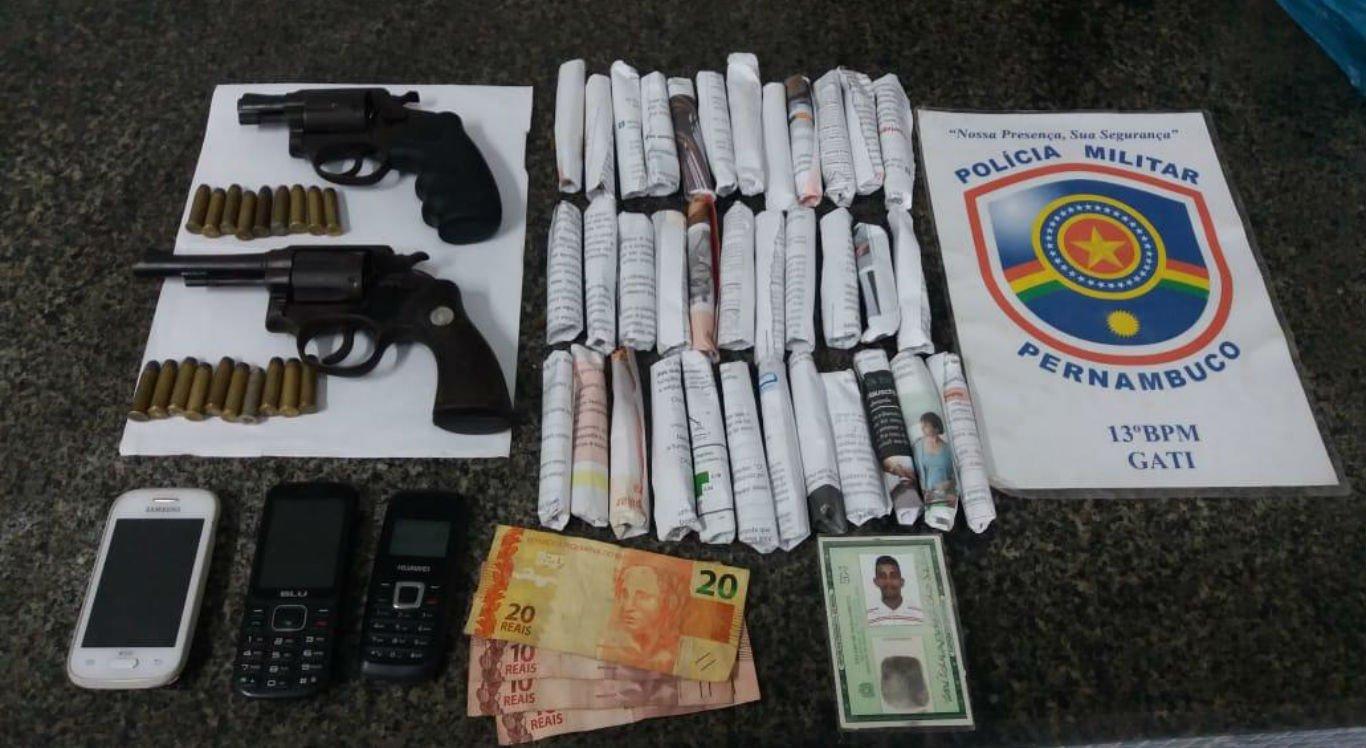 Polícia prende trio suspeito de tráfico de drogas e cometer homicídios