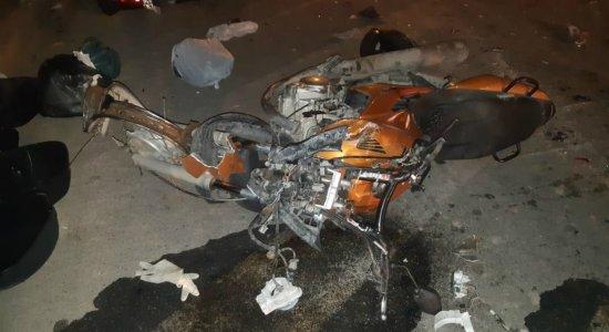 Motociclistas morrem após colisão frontal na BR-232, no Agreste