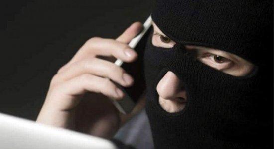 Homem forja próprio sequestro e é preso com dinheiro do resgate em bar