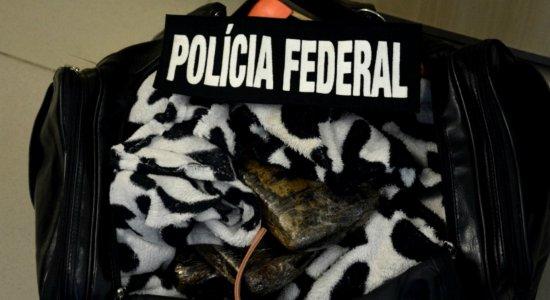 Mulher é presa com 5,3 quilos de cocaína no Aeroporto do Recife