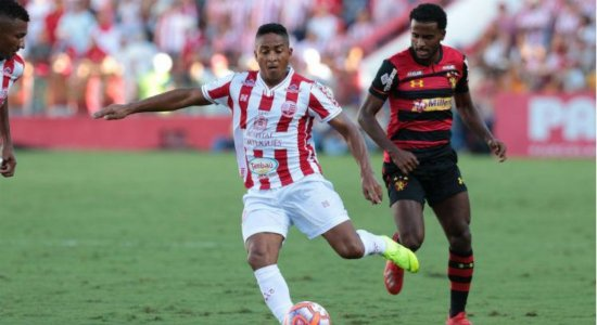 DM do Náutico desfaz erro sobre lesão de Jorge Henrique
