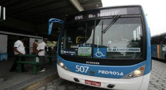 RMR contabiliza cinco assaltos a ônibus nas últimas 24 horas