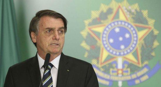 Bolsonaro: dinheiro retirado de universidades será investido na base