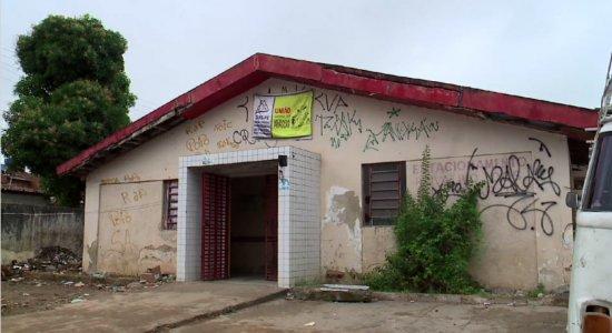 Famílias ocupam Posto de Saúde no Recife em prol de reforma