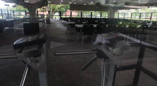 Restaurante Universitário da UFPE fecha após protesto de estudantes