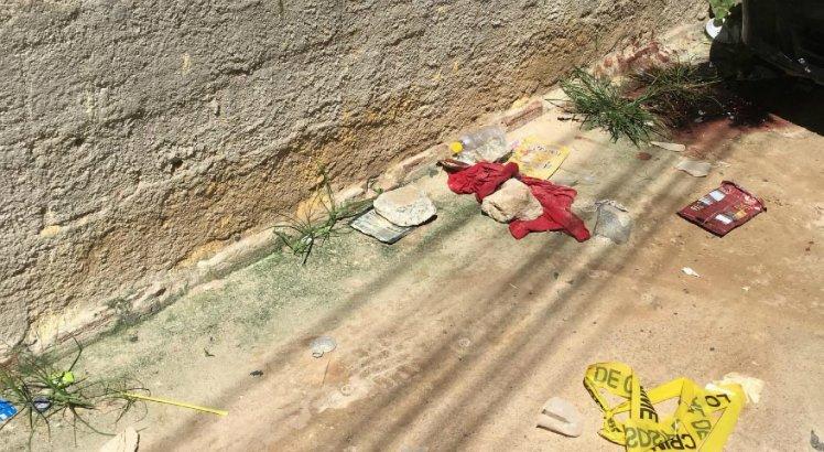 O homem foi morto a facadas