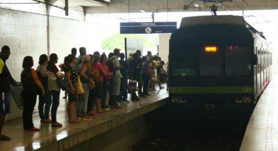 Problema no metrô do Recife causa transtornos nesta quinta-feira