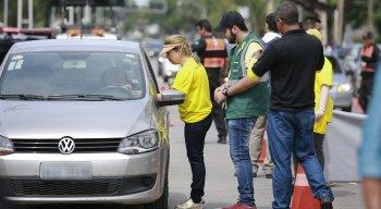 Ação foi realizada na Avenida Boa Viagem, na Zona Sul do Recife