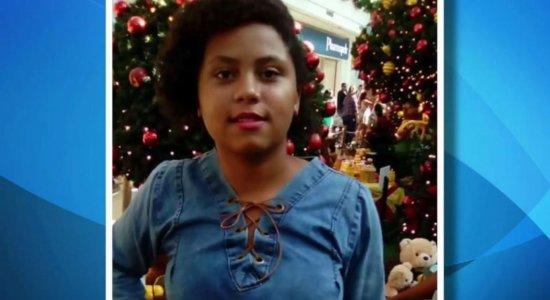 Menina de 15 anos está desaparecida há mais de um ano