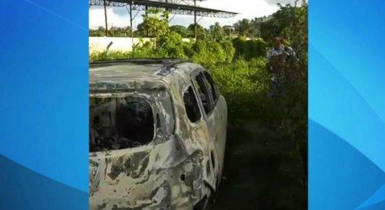 Sem seguro: Taxista tem carro roubado e carbonizado no Grande Recife