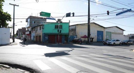 Tiroteio termina com um morto e criança de 10 anos baleada no Recife