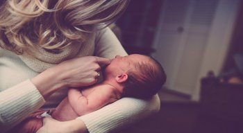 Especialista tira dúvida sobre o pagamento da licença maternidade