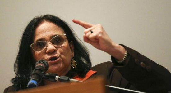 Bolsonaro não minimizou questão do trabalho infantil, diz Damares