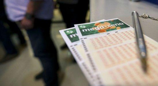 Mega-Sena acumula e pode pagar R$ 10,5 milhões neste sábado