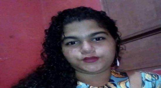 Família procura jovem de 17 anos desaparecida na Região Metropolitana