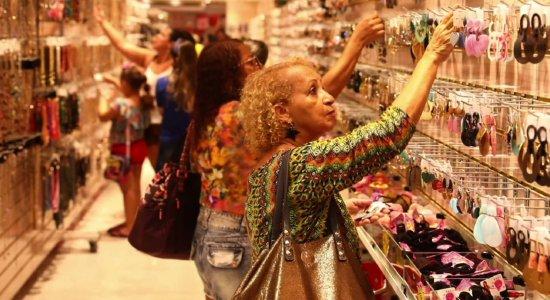 Dia das Mães movimenta lojas no comércio do Recife