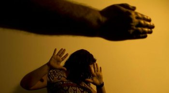 Após romper o ciclo de violência, as mulheres devem iniciar um processo de resgate da autoestima, de acordo com psicólogos