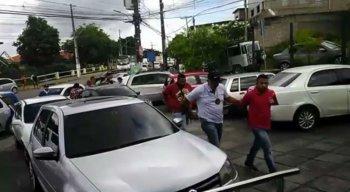 Dupla foi presa após expedição de mandado de prisão