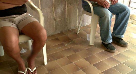 Pais de bebê abandonada comparecem ao Conselho Tutelar de Olinda