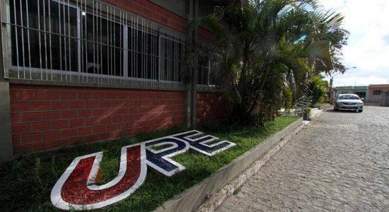 Professores da UPE aderem à Greve Nacional da Educação