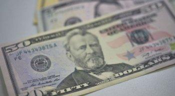 Na máxima do dia, por volta das 10h, o dólar chegou a ser vendido a R$ 4,02