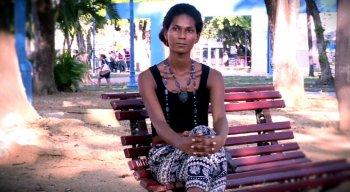 A enfermeira Fernanda Falcão é transexual já foi presa injustamente e luta para conseguir um emprego
