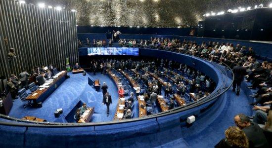 Relatório da reforma da Previdência é aprovado pelo CCJ do Senado