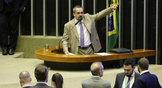 Na Câmara, Weintraub diz que prioridade do governo é educação básica