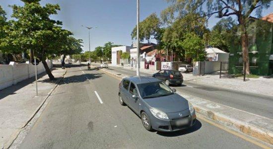 Obra na rede de esgoto altera trânsito em Olinda