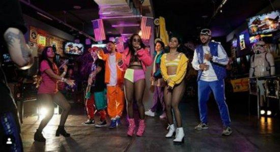 MC Loma e as Gêmeas Lacração lançam clipe empoderado e em novo estilo