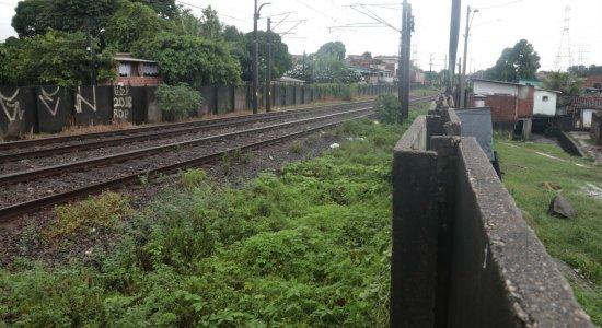 Adolescente morre ao ser atingido por trem em Jaboatão dos Guararapes