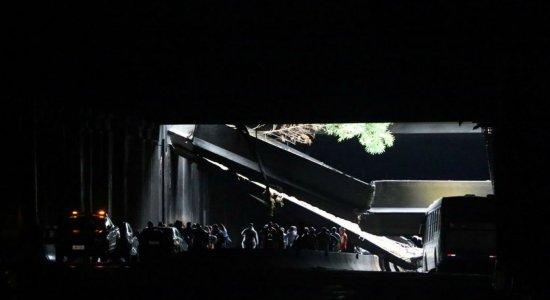 Túnel acústico é reaberto parcialmente no Rio após desabamento