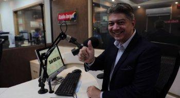 O jornalista Rhaldney Santos é o novo apresentador do programa Edição do Meio Dia