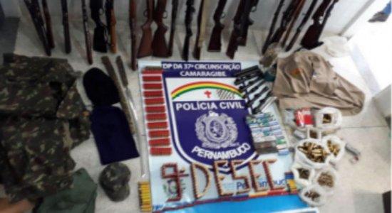 Operação da Civil encontra armas de fogo e drogas com suspeitos de integrarem milícia
