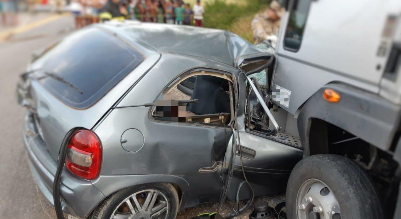 Colisão em São José do Belmonte deixa três mortos e quatro feridos