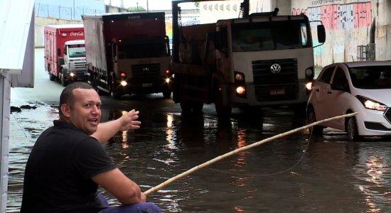 Chuvas: Túnel amanhece alagado na Zona Sul do Recife