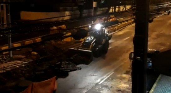 Vídeo: moradores reclamam de barulho em obras no Centro do Recife