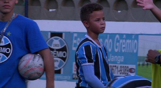 Escolinha de Futebol do Grêmio seleciona atletas mirins em Pernambuco