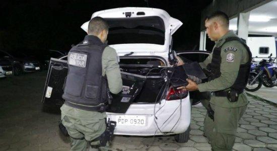 Motorista de aplicativo é preso suspeito de assaltos em Jaboatão