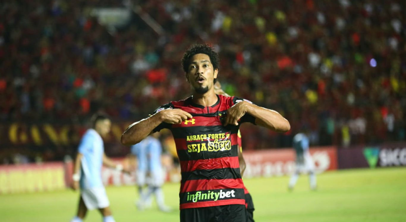 Após hat-trick, Hernane relembra momento difícil no Sport