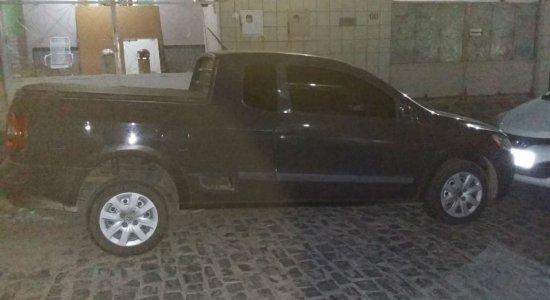 Carro roubado é rastreado e recuperado pela polícia no Agreste